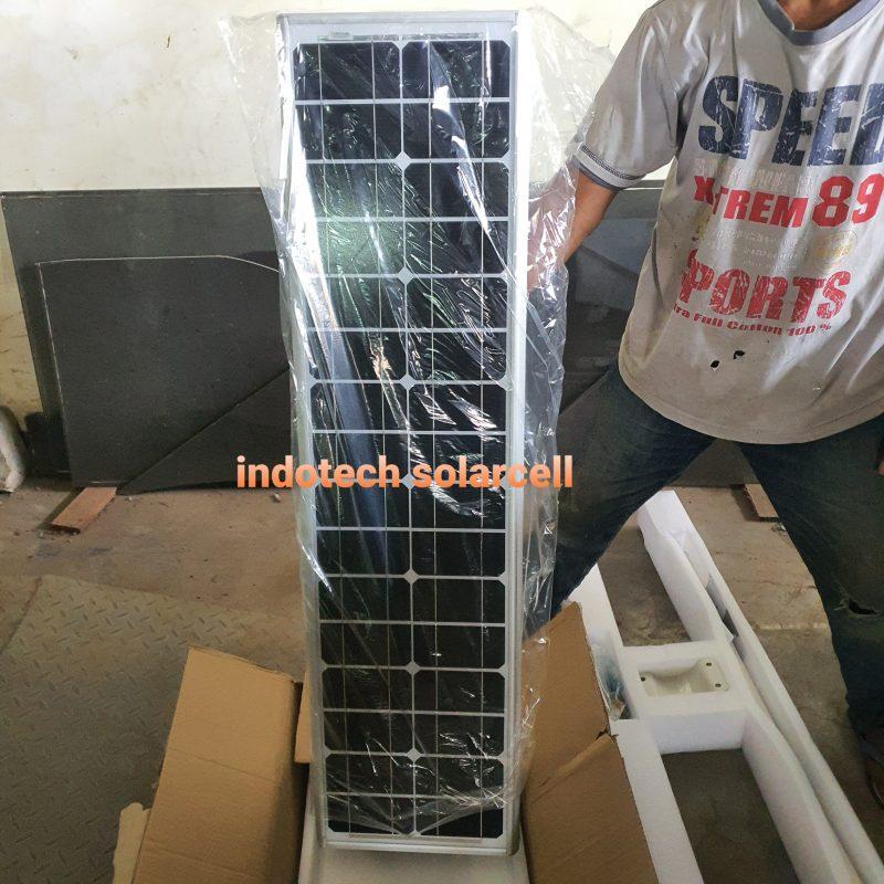 contoh pju 60 watt, pju all in one 60 watt, tiang pju, pasang pju, pasang lampu tenaga surya, pengiriman pju, surya panel 60 watt, lampu jalan 60 watt